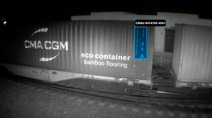 Nighn spotting and reading of containers ID and ISO codes.