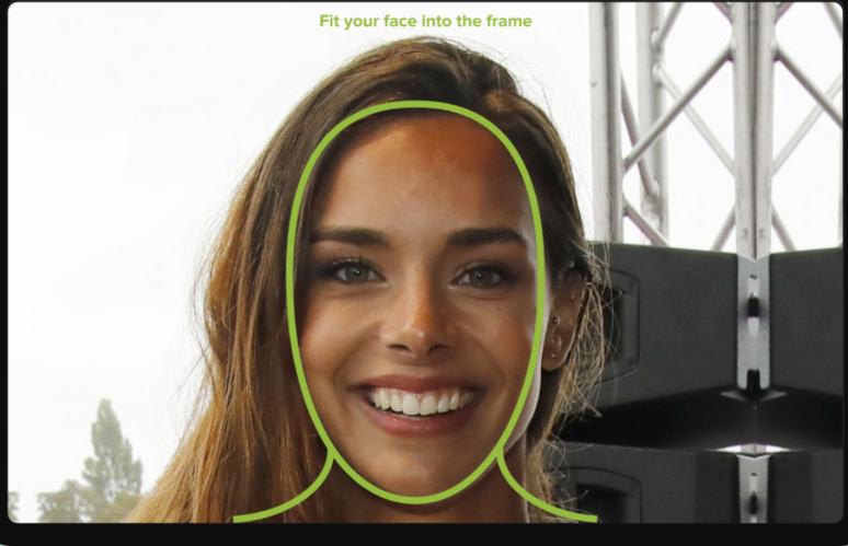 UXReality tracking facial expression of testers