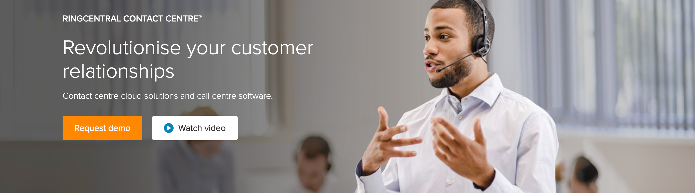 Transform customer engagement with Collaborative Contact Centre technology