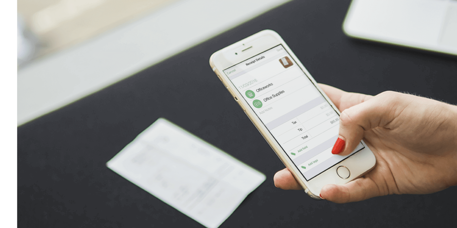 Captured and store expense receipts with a smartphone camera