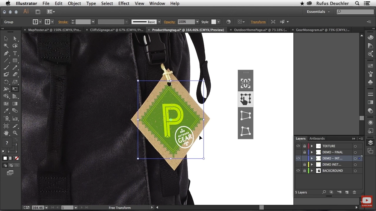 Illustrator CC users have the possibility to free transform elements in a more intuitive way