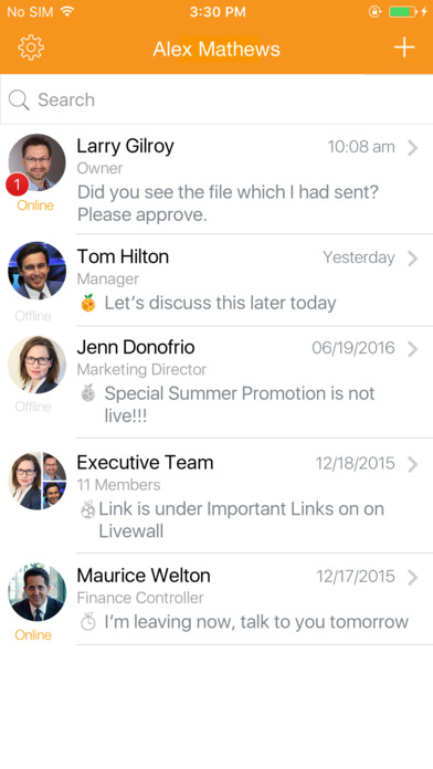 Users can chat with team members in real-time with Naranga