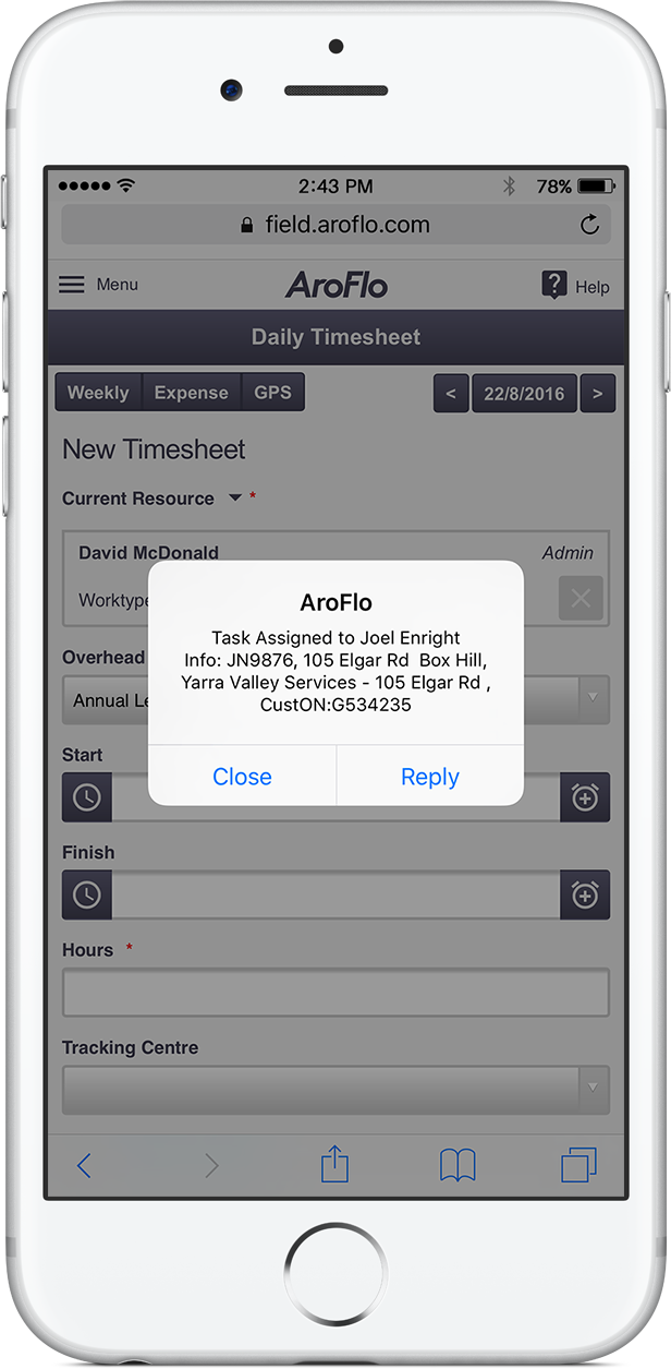 Mobile job notifications for instant updates in the field