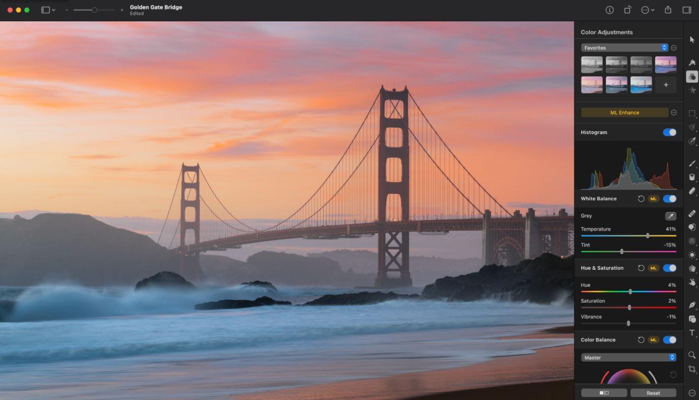 Pixelmator Pro screenshot: Pixelmator Pro color adjustments